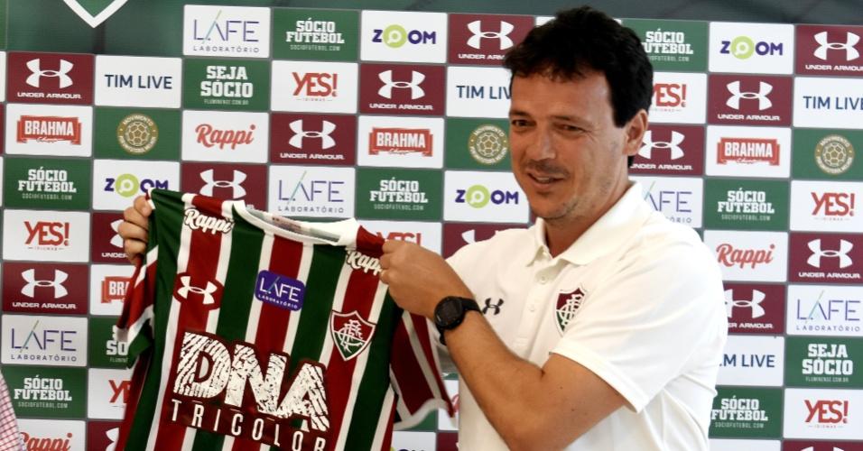 Fernando Diniz é apresentado como novo treinador do Fluminense