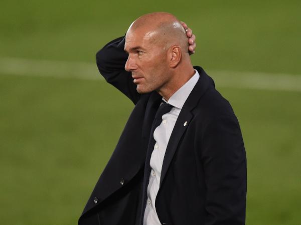 Zinedine Zidane comanda o Real Madrid em partida do Campeonato Espanhol, em julho de 2020