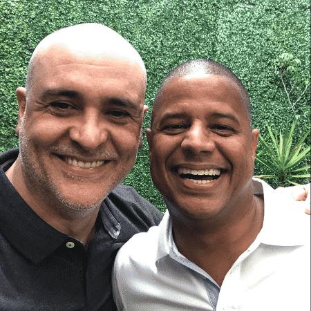Marcos ao lado de Marcelinho Carioca - Reprodução