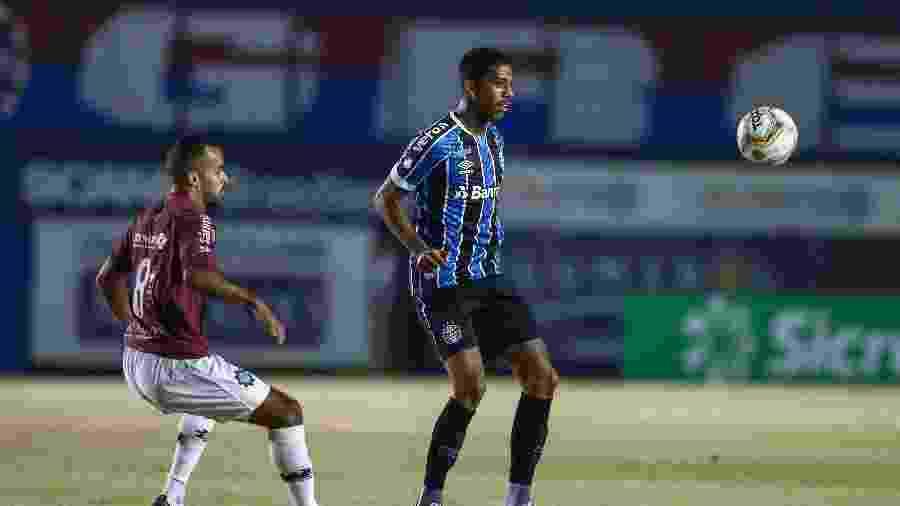 Jean Pyerre pode voltar ao time do Grêmio aos poucos, contra o São Paulo - Lucas Uebel/Grêmio FBPA