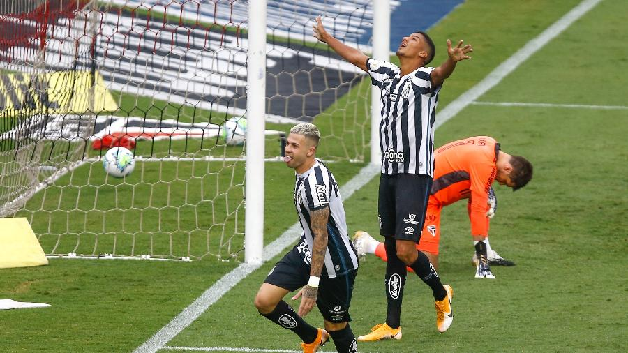 Jobson marcou o gol do Santos no clássico contra o São Paulo - Marcello Zambrana/AGIF
