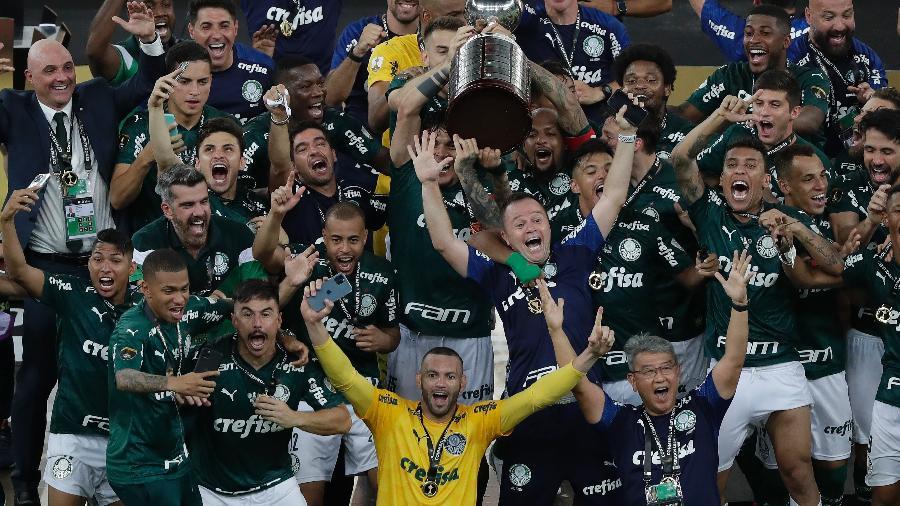 Palmeiras conquistou a Libertadores, mas ainda está na final da Copa do Brasil - Silvia Izquierdo/Getty Images