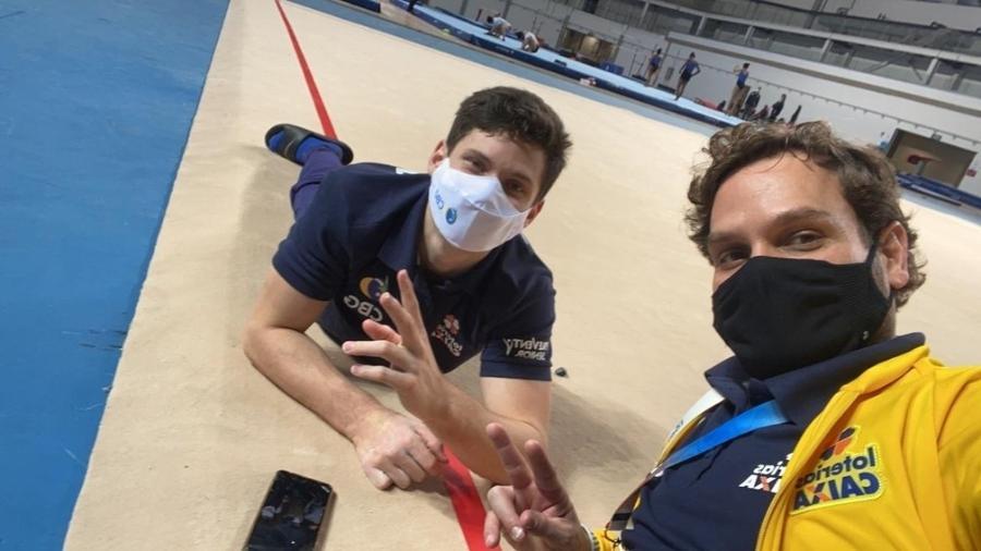 Diogo Soares e o técnico Daniel Biscalchin no Pan do Rio - Arquivo pessoal