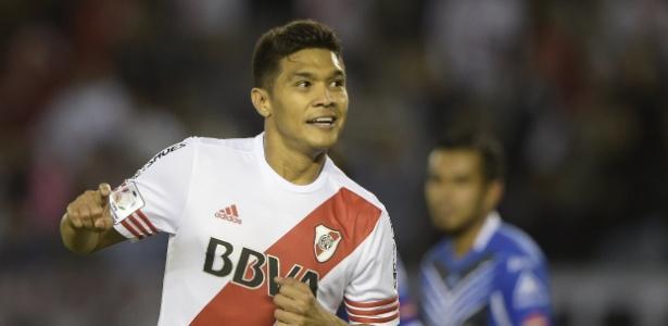 Teo Gutierrez, atacante colombiano, é alvo do Internacional para o restante do ano