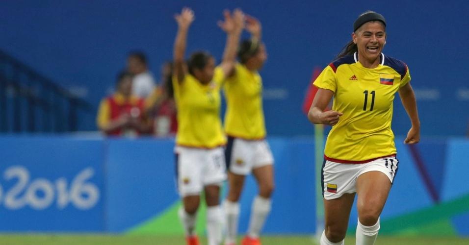 Catalina Usme, da Colômbia, comemora o gol marcado diante dos Estados Unidos