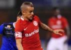D'Alessandro lamenta erros na defesa, mas diz que Inter merecia vitória