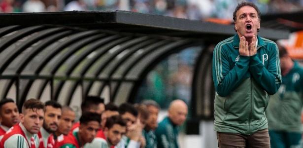 Cuca terá teste de fogo contra o Barcelona nesta quarta-feira