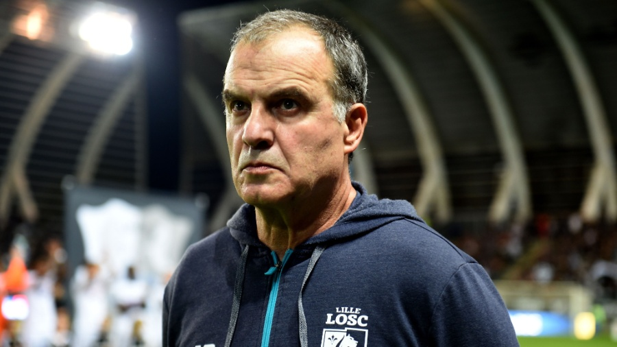 O técnico Marcelo Bielsa foi afastado do Lille - AFP PHOTO / FRANCOIS LO PRESTI