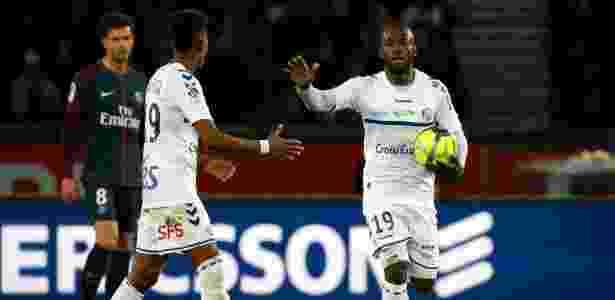 Bahoken comemora gol do Strasbourg - GEOFFROY VAN DER HASSELT/AFP - GEOFFROY VAN DER HASSELT/AFP