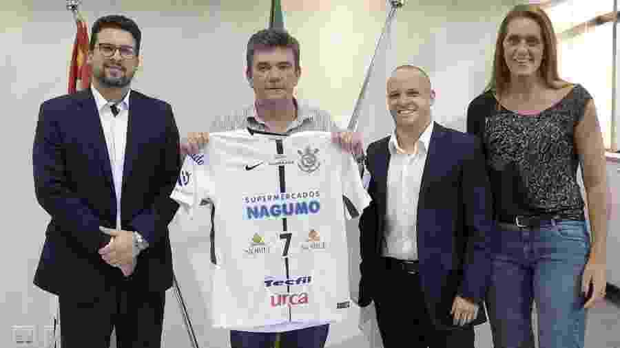 No ano passado, Andrés Sanchez anunciou participação do Corinthians na Superliga de Vôlei - Divulgação/Corinthians