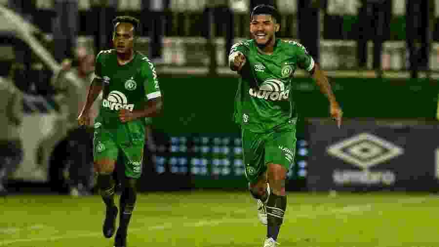 Bruno Silva negocia mudança por empréstimo para o Atlético-MG - Ricardo Luis Artifon/AGIF