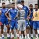 Alto salário de renegados de Sampaoli dificulta Santos a negociá-los