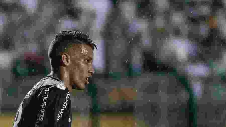 Pedrinho e Vagner Love estão confirmados entre os titulares; Sidcley também início o jogo contra os paraguaios - Marcello Zambrana/AGIF