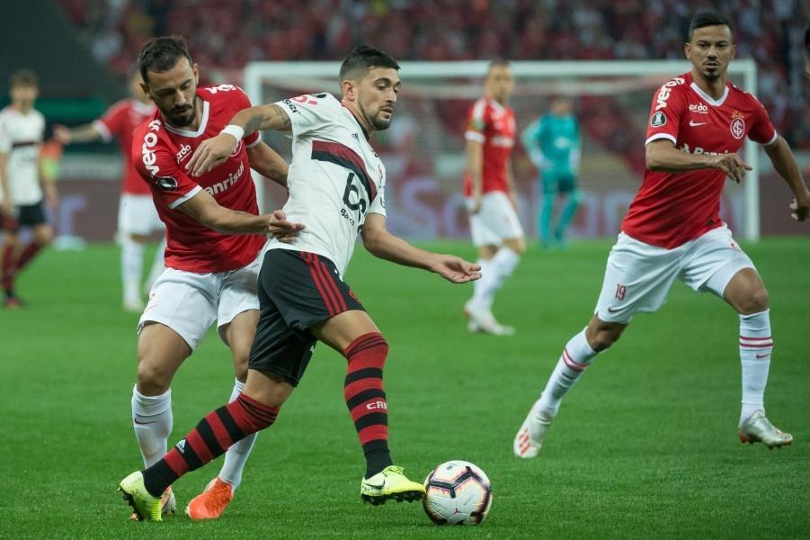 Arrascaeta, durante partida entre Flamengo e Internacional