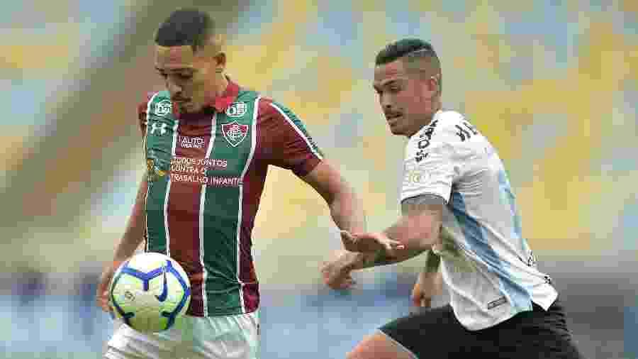 Gilberto é dúvida contra o São Paulo - Thiago Ribeiro/AGIF
