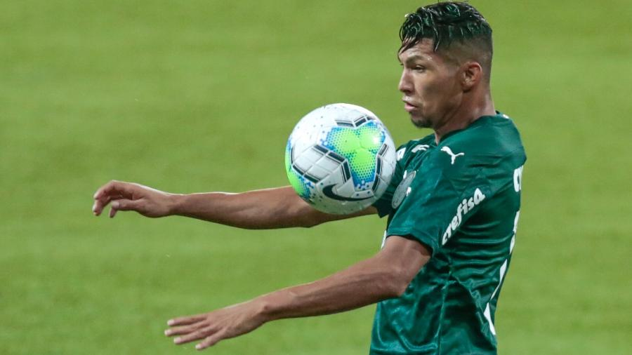 Rony desafia maratona de jogos do Palmeiras em busca de 1º gol contra o Corinthians - Marcello Zambrana/AGIF
