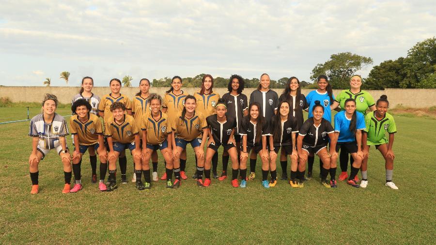 Jogadoras do VF4, time de Victor Ferraz, que abriu equipe feminina - Bianca Serrano/VF4
