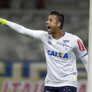 Time dos sonhos do Cruzeiro - Enquetes - UOL Esporte 267ae808aa6b9