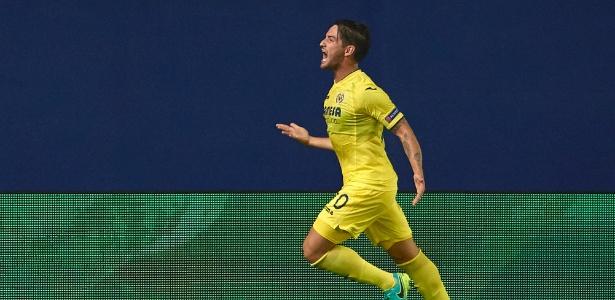 Alexandre Pato comemora gol do Villarreal contra o Monaco