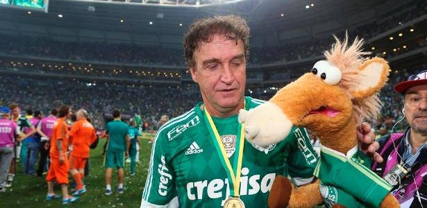 Cuca volta a comandar o Palmeiras após cinco meses
