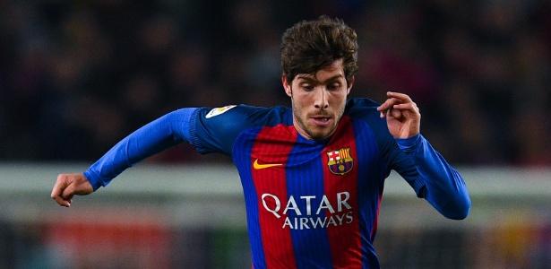 O volante Sergi Roberto deve seguir improvisado na lateral do Barça