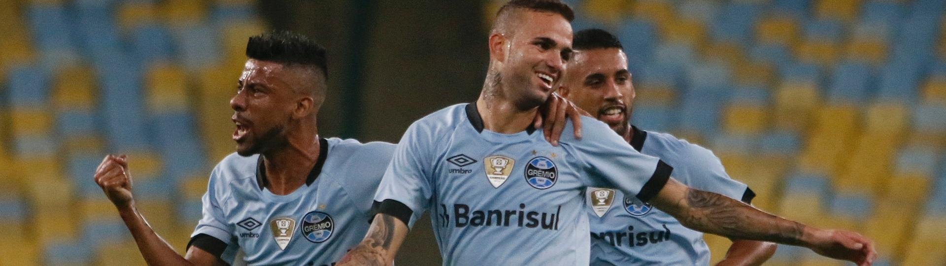 Luan marca o primeiro do Grêmio contra o Fluminense
