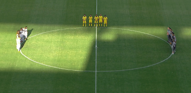 Um minuto de silêncio para João Pedro Braga antes de São Paulo x Botafogo