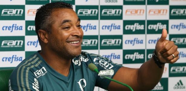 Roger Machado alcança marca histórica no comando do Palmeiras