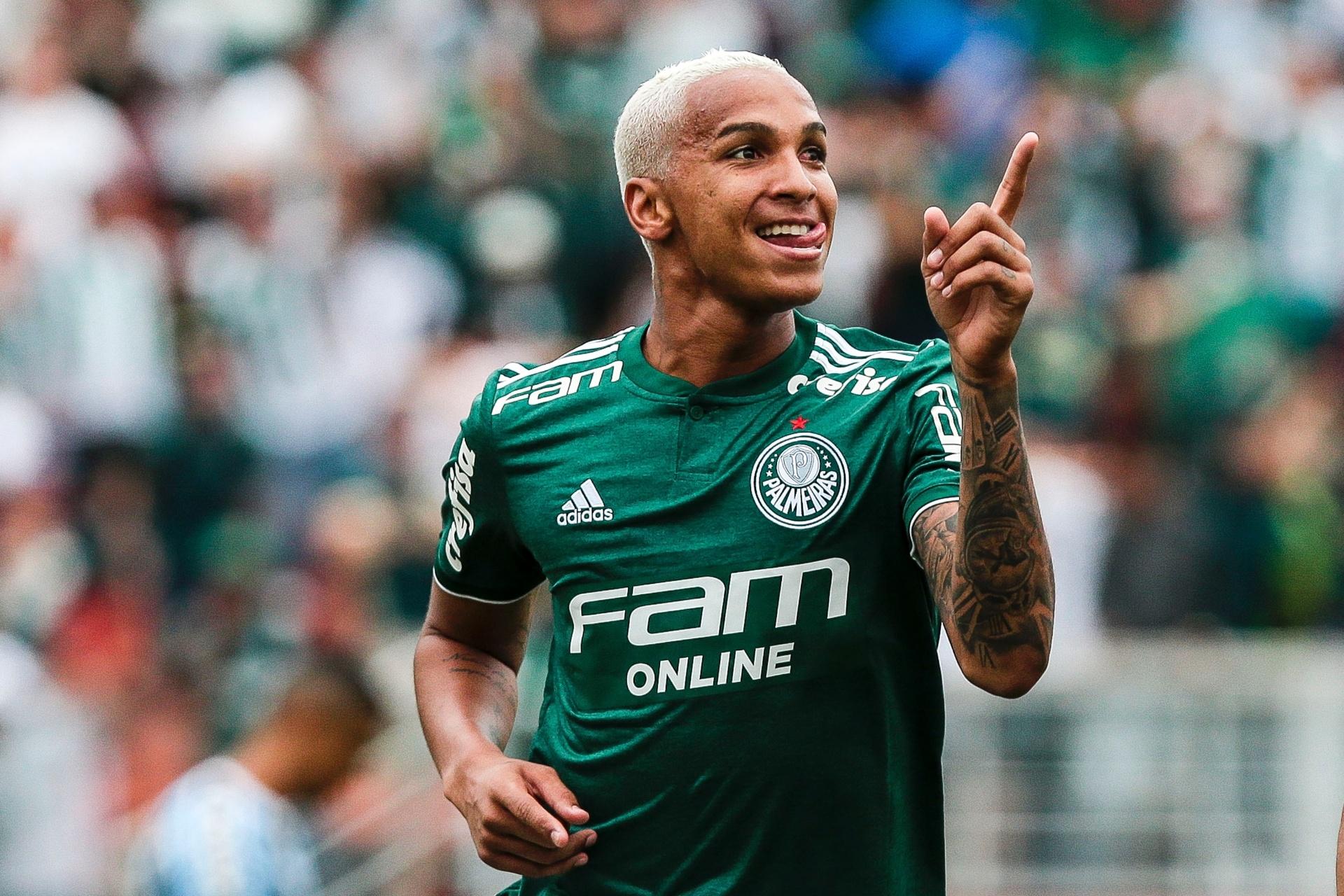Palmeiras pega Paraná para botar