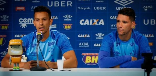 Renovação de contratos de Henrique e Thiago Neves estarão em pauta no Cruzeiro