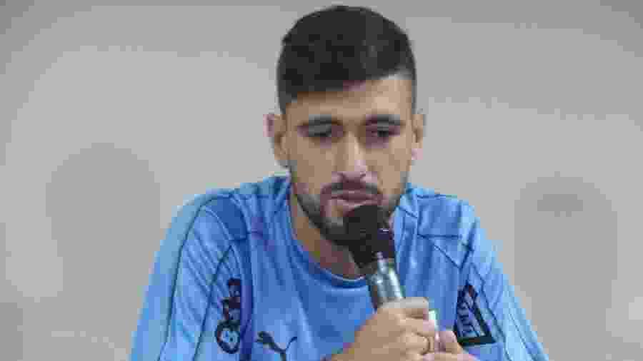 Arrascaeta, durante entrevista coletiva da seleção uruguaia em Salvador - Gabriel Carneiro/UOL Esporte