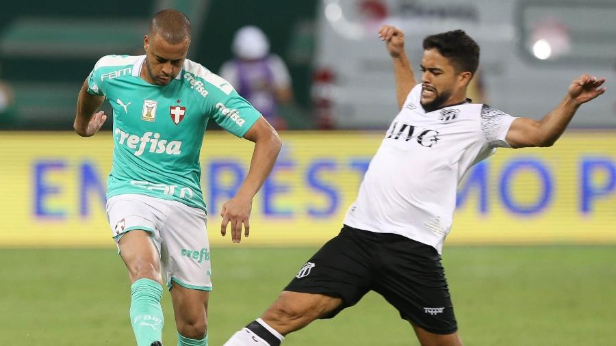 Mayke, lateral-direito do Palmeiras, foi titular contra o Ceará na 30ª rodada do Brasileirão - Cesar Greco/SE Palmeiras