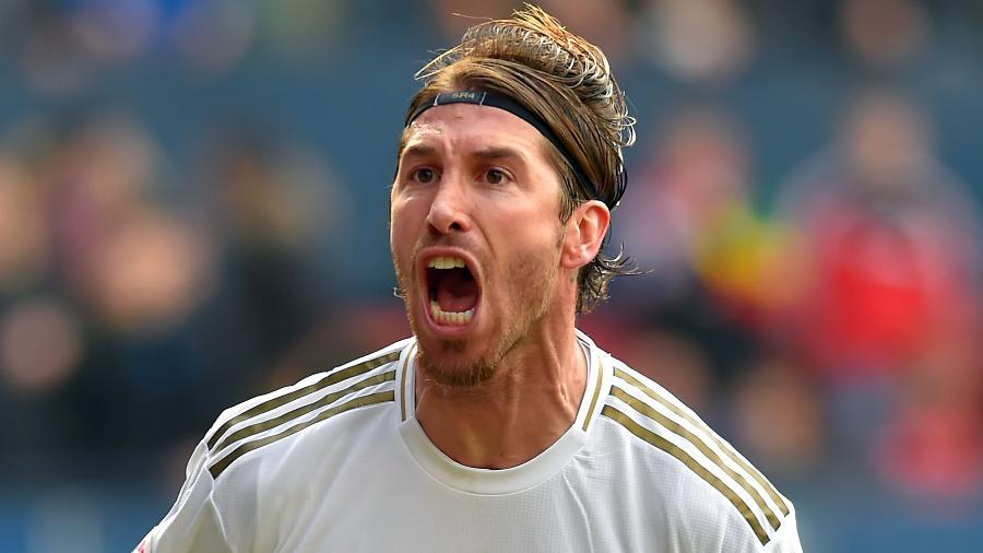 Antes de sair, Sergio Ramos ainda quer se tornar o jogador que mais vestiu a camisa do Real Madrid - Ander Gillenea/AFP