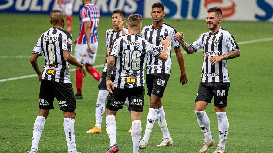 Eduardo Sasha e jogadores do Atlético-MG comemoraram gol em cima do Bahia no Brasileirão 2020 - Alessandra Torres/AGIF