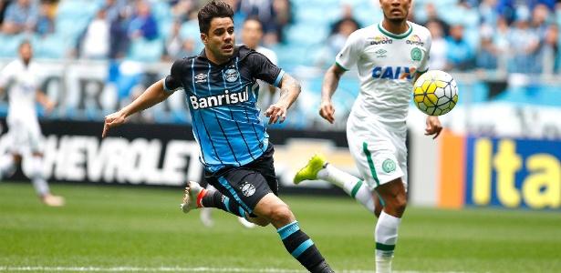 Henrique Almeida não deve permanecer no grupo do Grêmio na próxima temporada