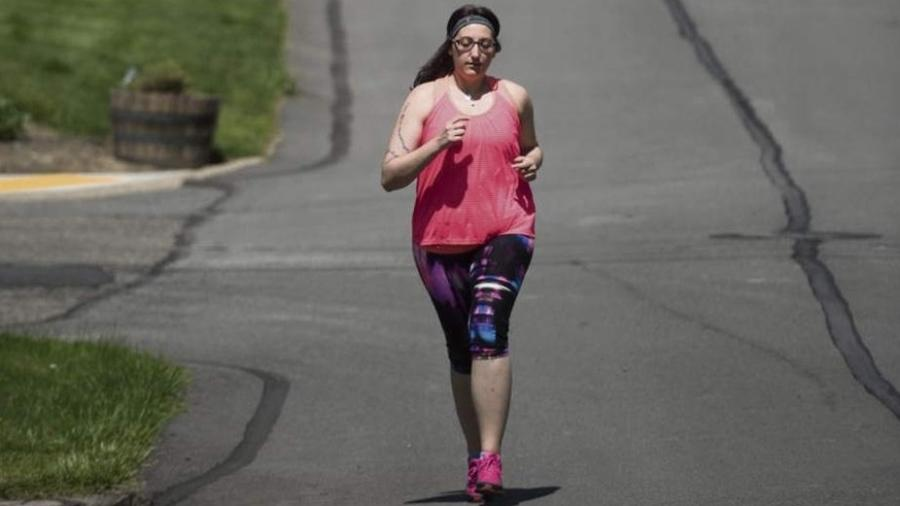 Rebekah Ceidro perdeu 17 kg para poder doar rim a amigo - Reprodução/Facebook