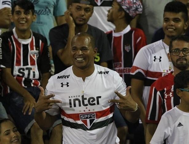 "Ídolo do São Paulo, Chulapa virou ""mito"" na internet com as ""dez caixas de danone"" - Rubens Chiri/São Paulo"