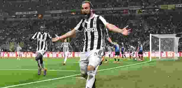 Higuain comemora o gol da vitória da Juventus contra a Inter de Milão - Alberto Lingria/Reuters - Alberto Lingria/Reuters