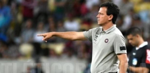 Diniz falou do estado de espírito do elenco, mas viu evolução contra o Paraná - Miguel Locatelli/Clube Atlético Paranaense