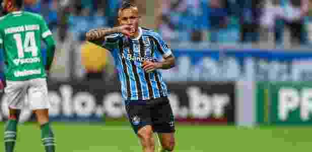 Meia-atacante encerrou ano de 2018 como artilheiro e destaque do Grêmio - Lucas Uebel/Grêmio