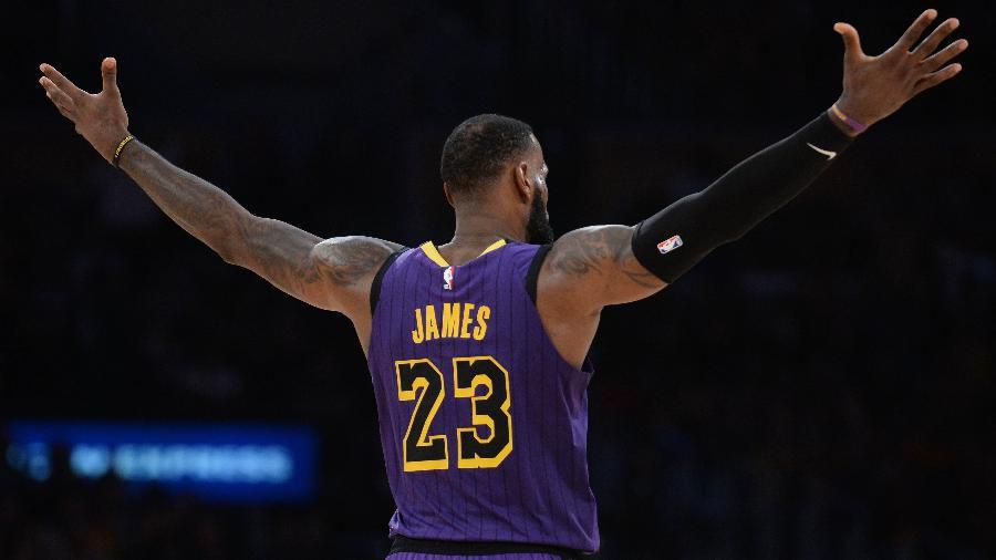 LeBron James comemora vitória do Los Angeles Lakers -  A. Vasquez-USA TODAY Sports