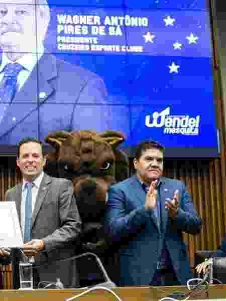 Sergio Nonato dos Reis (à direita) ocupava o cargo de diretor-geral do Cruzeiro na gestão passada - Bruno Haddad/Cruzeiro
