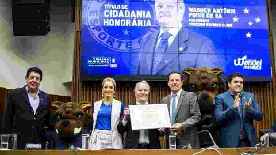 Sergio Nonato dos Reis (à direita) ocupava o cargo de diretor geral do Cruzeiro - Bruno Haddad/Cruzeiro