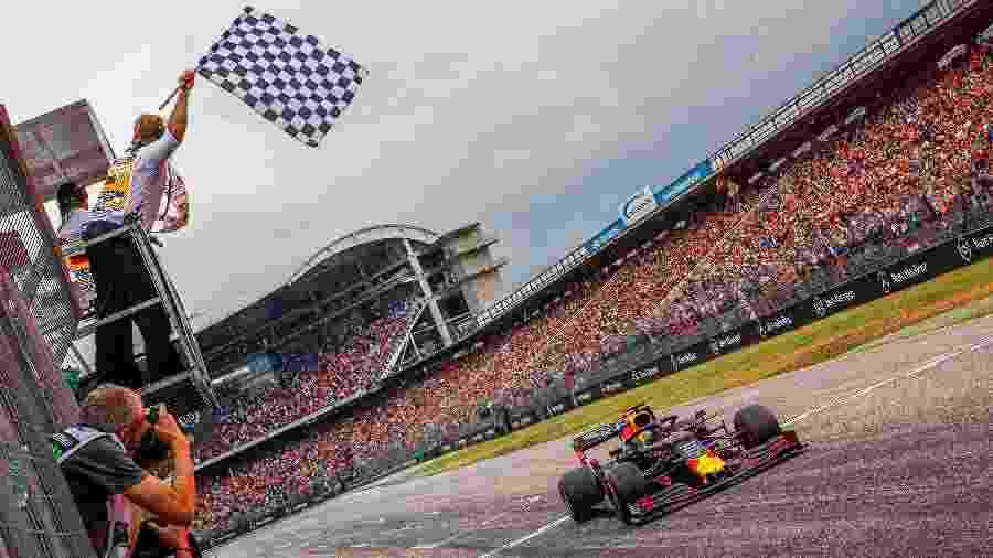 Max Verstappen no GP da Alemanha do ano passado; prova contou com a presença de público - Srdjan SUKI / POOL / AFP