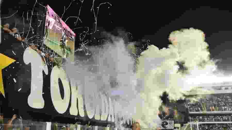 Torcida santista compareceu em bom número na estreia do Santos na Vila Belmiro - Ivan Storti/Santos FC