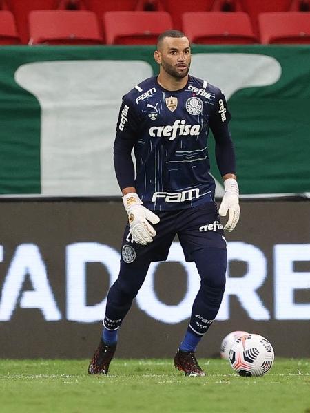Weverton, goleiro do Palmeiras, na final da Recopa Sul-Americana, contra o Defensa y Justicia - Cesar Greco / Palmeiras