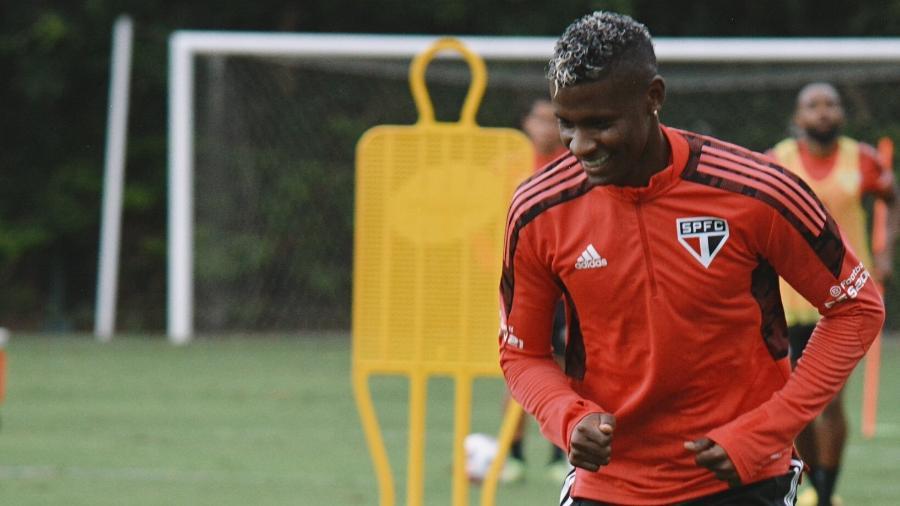 Orejuela, do São Paulo, em treino no CT da Barra Funda - Erico Leonan/São Paulo FC