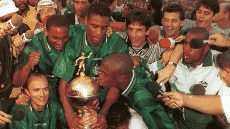 Jogadores do Juventude comemoram título do Campeonato Gaúcho de 1998 - Divulgação/Juventude - Divulgação/Juventude