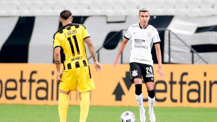 Cantillo foi titular contra o Peñarol e agora desfalca o Corinthians na Copa Sul-Americana - Rodrigo Coca/ Ag. Corinthians