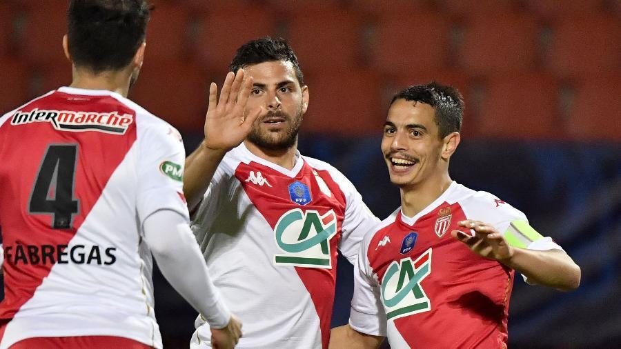 Jogadores do Monaco comemoram gol contra o Rumilly Vallieres, pela semifinal da Copa da França - AFP